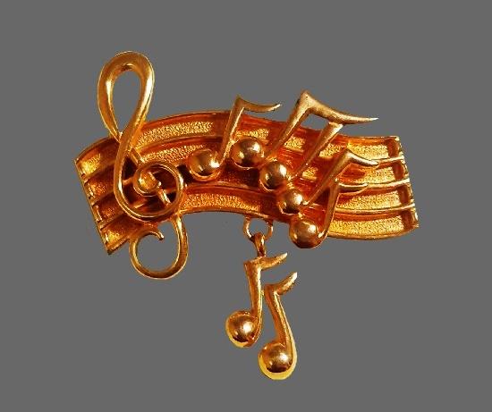 Musical notes gold tone pin