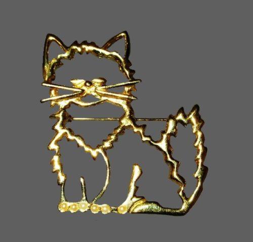 Openwork cat gold tone pin