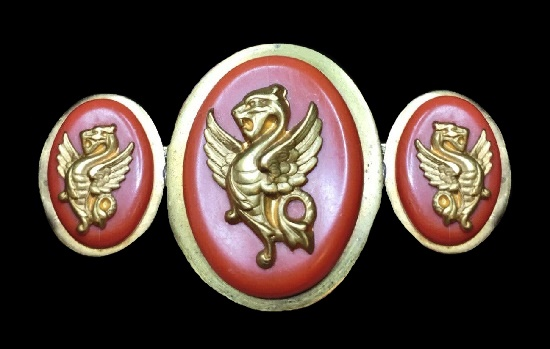 Pink galalith Gryphon triple cameo brooch. 1940s