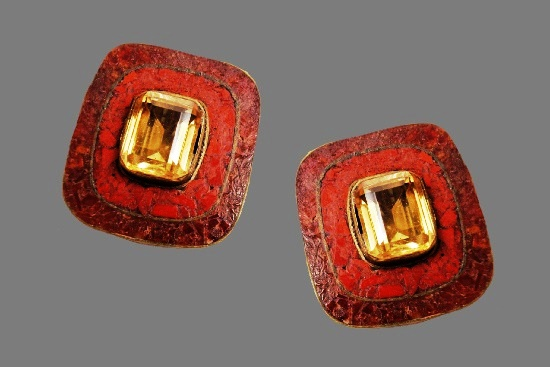 Red stone citrine clip on earrings. 1980s