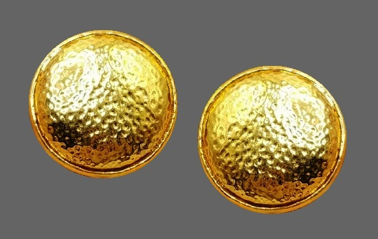Round shaped textured gold tone clip earrings