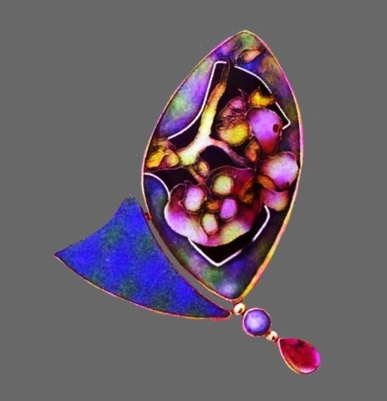 Vintage brooch. Semi-precious stones, 18 K gold, enamel