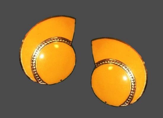 Yellow enamel gold plated geometric design pierced earrings