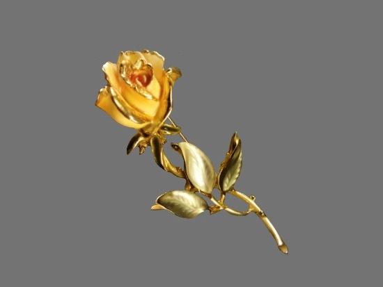 Yellow rose brooch. Gold tone metal, enamel, art glass. 1950s