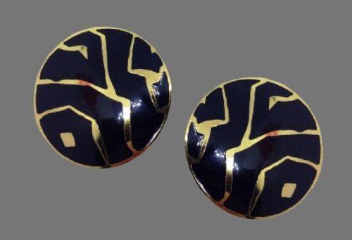 Zigzag pattern black enamel gold tone earrings