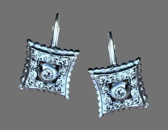 18 K white gold and diamonds earrings