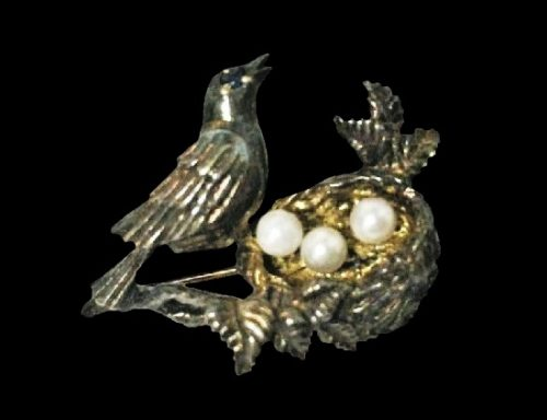 925 sterling silver faux pearls bird in the nest brooch pin. 1983