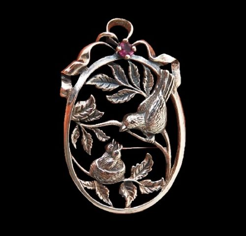 Bird family mother and chickens pendant. Sterling silver, ruby