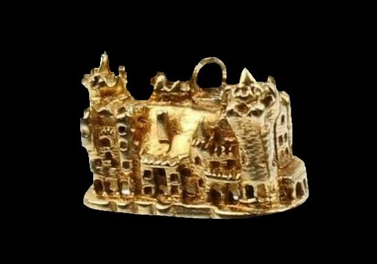 Casa Loma Toronto 10 K gold charm