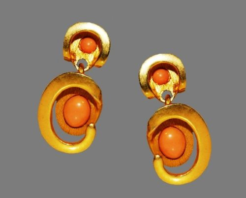 Coral cabochons gold plated clip on earrings