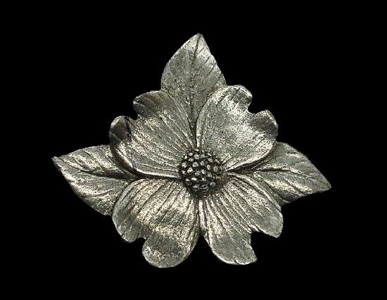 Dogwood blossom lapel pin. 2000
