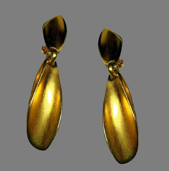 Drop dangle gold tone clip on earrings