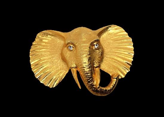 Elephant head brooch pin. Gold plated metal alloy, rhinestone
