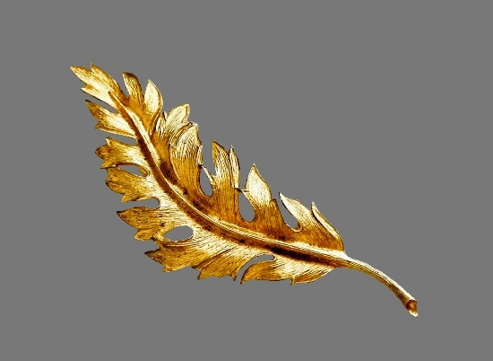 Feather leaf gold tone brooch pin