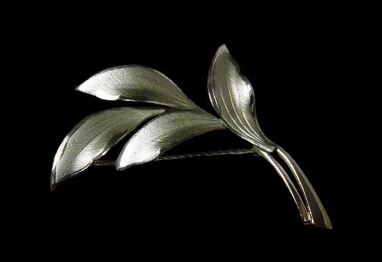 Four leaf sterling silver brooch