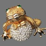 Signed KUO vintage costume jewelry
