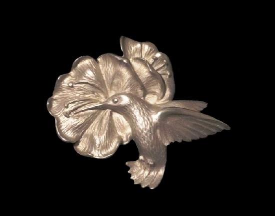 Hummingbird at a flower silver tone brooch pin. 1994