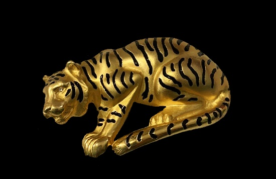 Hunting tiger gold plated black enamel brooch