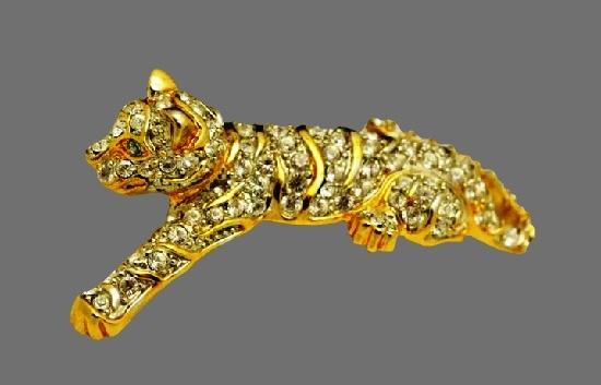 Leopard vintage pin. Gold tone metal, rhinestones