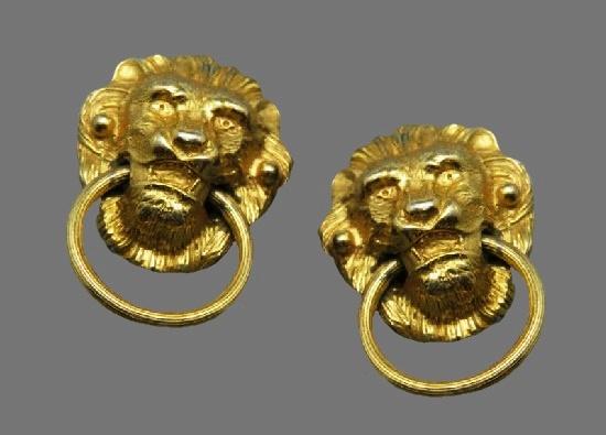 Lion doorknocker gold tone clip on earrings. 1980s