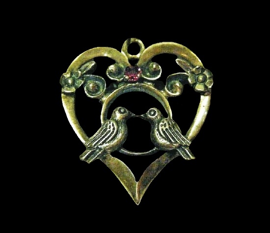 Lovebirds heart pendant. Sterling silver, gemstone. 1981