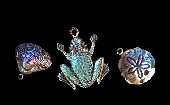 Marine theme sea creatures charms. Silver tone metal, enamel