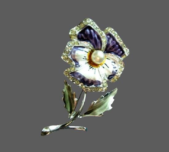 Pansy flower brooch. Silver tone metal alloy, rhinestones, purple and white enamel, faux pearl