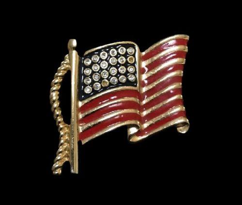 Patriotic July 4th American flag brooch. Gold tone, enamel, rhinestones