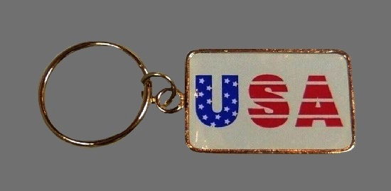Patriotic USA Key Chain of gold tone