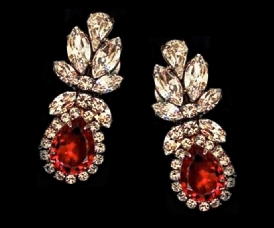 Red and clear crystal floral design clip on earrings