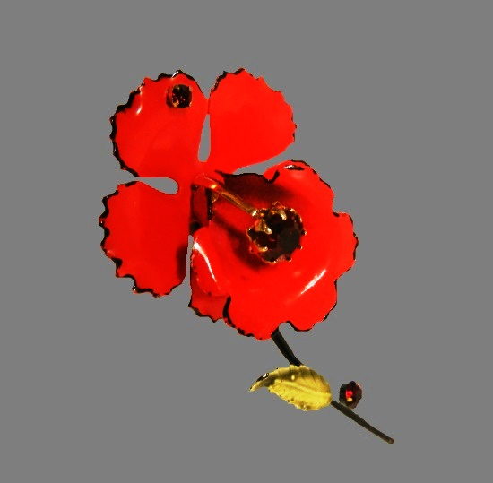 Red orchid vintage brooch. Gold tone metal, enamel, rhinestones. 1940s