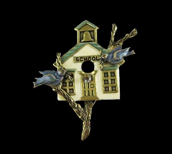 School birdhouse vintage brooch pin. Gold tone, enamel