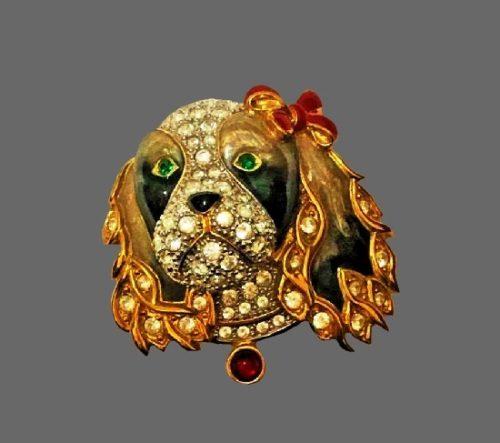 Spaniel Head brooch pin. Gold tone metal alloy, rhinestones, enamel