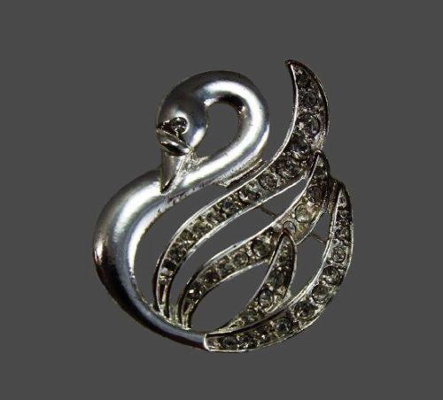 Swan silver tone rhinestones brooch pin. USA