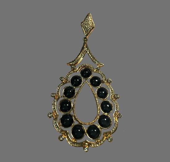 Teardrop shaped pendant. Gold, black onyx, crystals