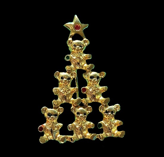 Teddy bear Christmas tree brooch. Gold plated metal alloy, crystals. 5.5 cm. 1970s