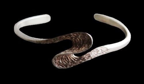 Avant garde design sterling silver bracelet. 1970s