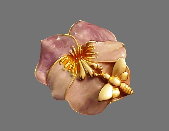 Bee on a flower vintage brooch Gold tone, enamel
