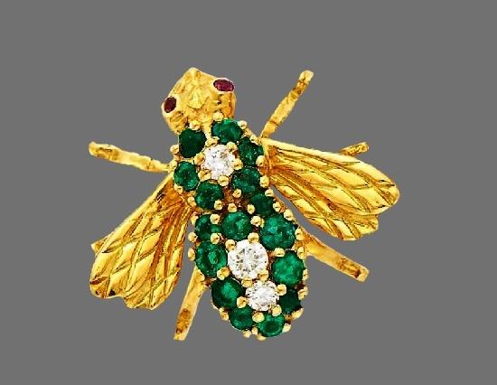 Emerald Bee pin. 18 K Gold, emerald, diamonds. Signed HR