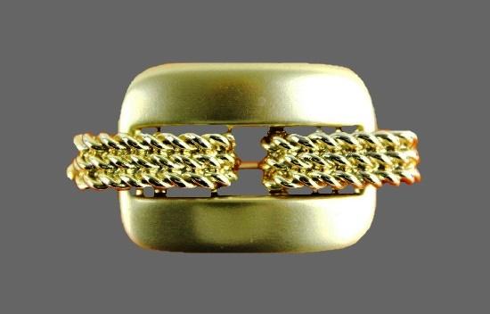 Geometric design gold tone brooch