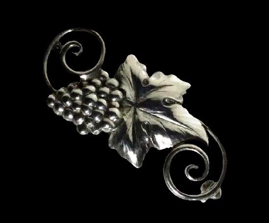 Grape vine sterling silver brooch pin
