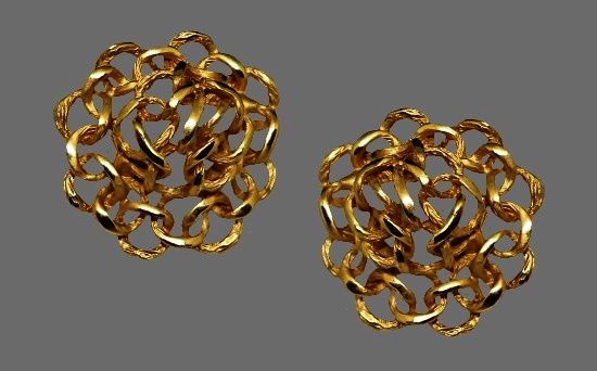 Honeycomb gold tone clip on earrings. 1980s. Signed FO and Erwin Pearl