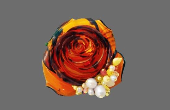 Rose pendant. Amber, pearl, amethyst, tourmaline. Artist Noriko Hasegawa