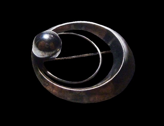 Round shaped ball sterling silver brooch pin