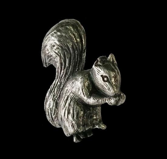 Squirrel eating nut detailed pewter pin
