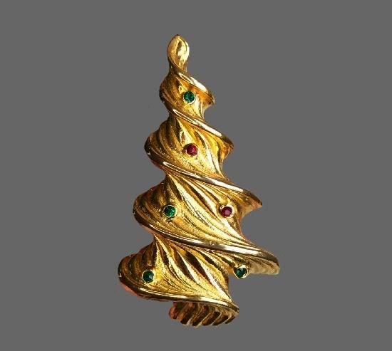 Christmas tree brooch. Gold plated metal alloy, rhinestones. 6.5 cm. 1970s