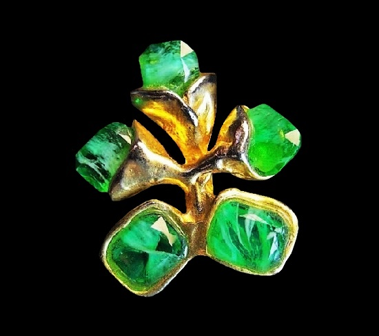Haute couture flower branch brooch. Gold tone alloy, art glass. 3.2 cm