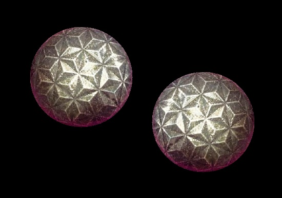Round shaped silver tone clip on earrings. 3.5 cm. 1980s