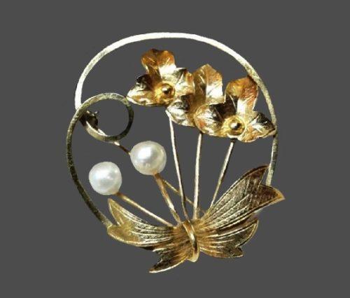 Signed Wells vintage costume jewelry