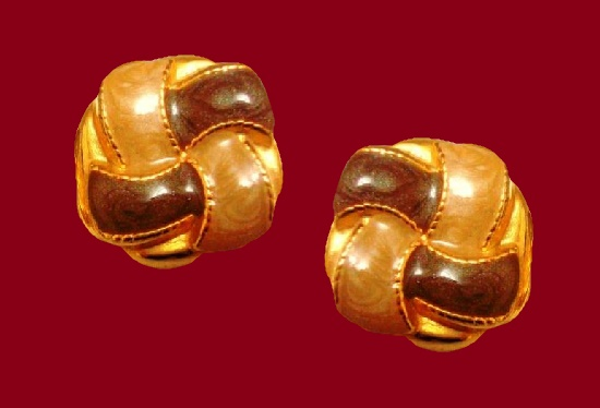 1980s gold tone enameled clip on earrings. 3.3 cm